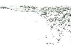 Water dat over wit wordt geïsoleerdo Royalty-vrije Stock Foto's