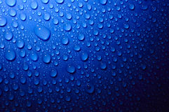 Water drops in dark Royalty Free Stock Photos