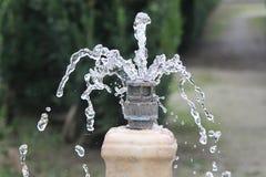 Water in een fontein Stock Afbeeldingen