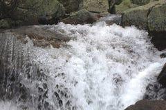 Water en steen Royalty-vrije Stock Fotografie