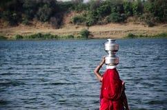 water kvinnan Arkivbild