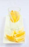 Water met citroen Stock Afbeeldingen