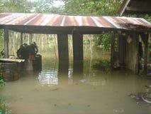Water overstroomd dorp in het district van nakhonsi thammarat Stock Foto