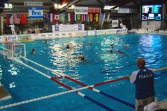 Water polo de las mujeres, Italia-Hungría Fotografía de archivo libre de regalías