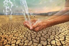 Free Water Scarcity And Fresh Water Crisis Stock Images - 176462174