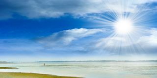 Water and solar sky Royalty Free Stock Photos