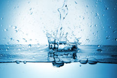 Water splash with crown form Royalty Free Stock Images