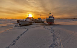 Water transport. ships waiting navigation. Ships in the winter in the snow waiting for spring Stock Photography