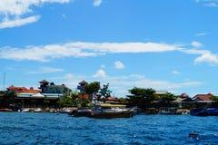Water van de Bloat het chabby blauwe hemel stock foto's