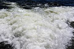 Canyon Lake, Maricopa County, Arizona, United States. Water wake from a boat at Canyon Lake located in Maricopa County, Arizona United States during the Spring Stock Photo