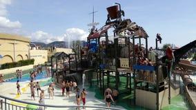 Wateraantrekkelijkheid in Illa Fantasia waterpark Royalty-vrije Stock Afbeeldingen