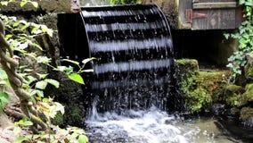 Waterbladen van de molen stock videobeelden