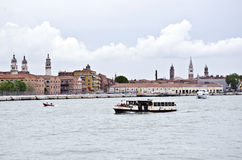 Waterbus在威尼斯,意大利 免版税图库摄影