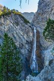 Watercascades van Altein dichtbij Arosa, bomen, rotsen royalty-vrije stock afbeeldingen