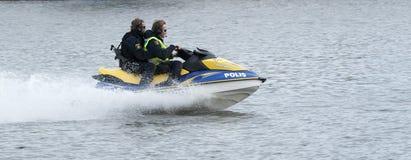 Watercraft sueco de la policía en la velocidad Imágenes de archivo libres de regalías