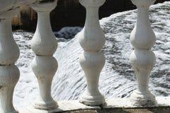 Waterdaling van de kant Stock Afbeelding