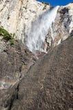 Waterdalingen van Yosemite stock foto