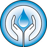 Waterdrop et mains Photo stock