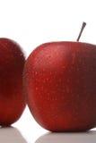 Waterdrops op een appel stock fotografie