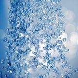 Waterdrops que caen imagenes de archivo