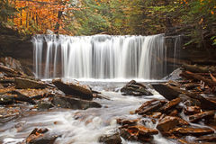 Waterfall with Autumn Color Royalty Free Stock Images