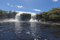 Waterfall in the Canaima Lagoon, Venezuela Royalty Free Stock Photos