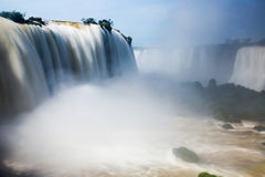 Waterfall Cataratas Del Iguazu auf Iguazu-Fluss, Brasilien Stockfotos