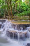 Waterfall in deep rain forest jungle (Huay Mae Kamin Waterfall Royalty Free Stock Photos