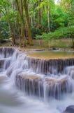 Waterfall in deep rain forest jungle (Huay Mae Kamin Waterfall Royalty Free Stock Photos