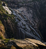 Waterfall on mountainside Royalty Free Stock Photography