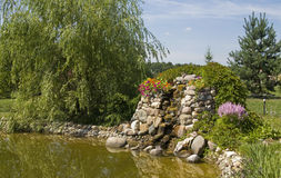 Waterfall on pond Royalty Free Stock Photography