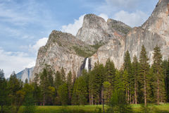 Waterfall in yosemite national park Royalty Free Stock Images
