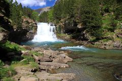 Waterfalls Gradas de Soaso en parc d'Ordesa Photographie stock libre de droits