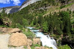 Waterfalls Gradas de Soaso en parc d'Ordesa Photos stock
