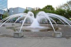 Waterfountain на парке портового района Тома McCall Стоковое Изображение RF