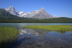 Waterfowl Lake and Mount Howse Royalty Free Stock Images