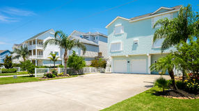 Free Waterfront Homes Stock Images - 40674094