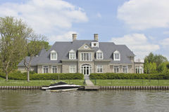 Waterfront living Royalty Free Stock Photography