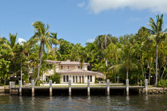 Waterfront luxury home Royalty Free Stock Photos