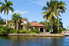 Waterfront Mansion On The Sea. Millionaire' S Esta Stock Images