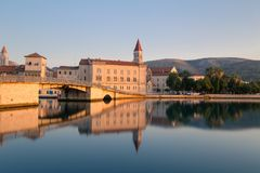 Waterfront view of beautiful Trogir Stock Images