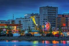 Waterkant stedelijk Carnaval bij nacht Stock Fotografie