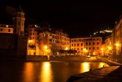 Waterkant, Vernazza, Italië Stock Afbeelding