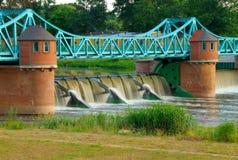 Waterkering op rivier Odra Royalty-vrije Stock Foto's