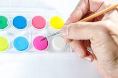 Waterkleuren met borstel Royalty-vrije Stock Afbeeldingen