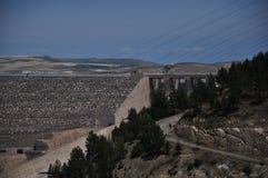 Waterkrachtcentrale in het zuidoosten van Turkije royalty-vrije stock afbeelding