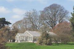 Waterlily议院,玻璃温室设计在Kew庭院,英国陈列亚马逊waterlily 库存图片