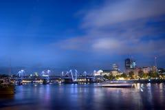 Waterloo bro i aftonen Arkivbild