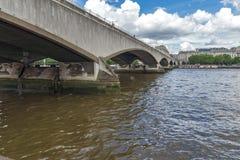 Waterloo bro och Thames River, London, England, Förenade kungariket Royaltyfria Foton