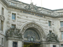 Waterloo stationsfasad royaltyfria bilder